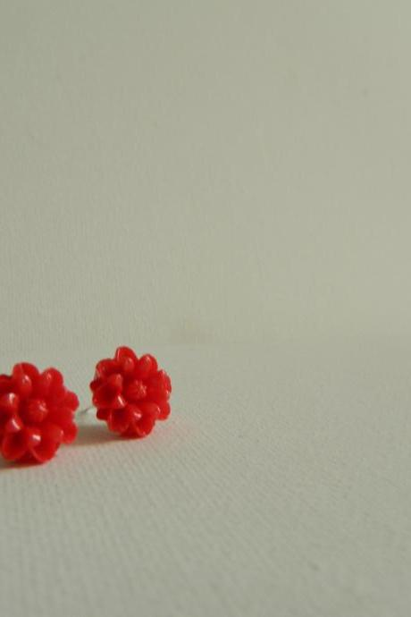 Red Daisy Cabachon Earrings