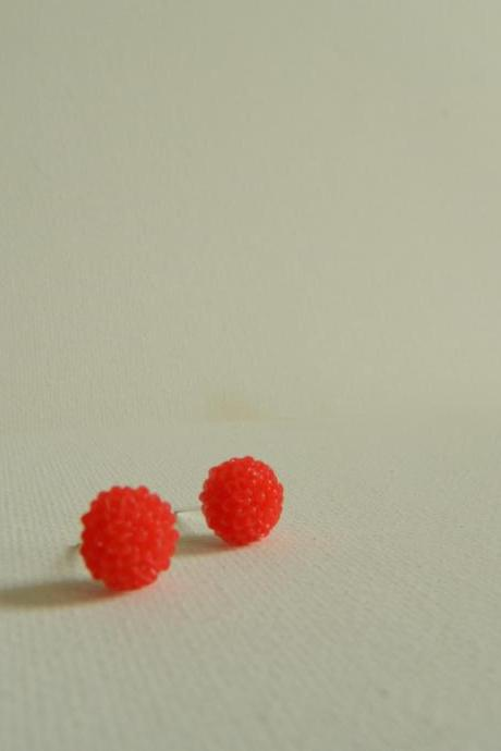 Red Mum Cabachon Earrings