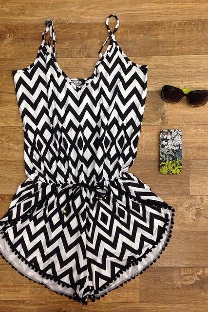 Fashion Sling Geometric Stripe Print Black Dress