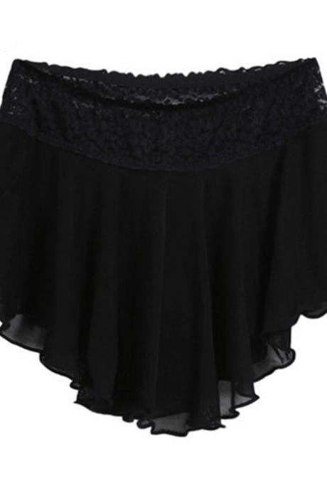 Comfortable Elastic Mid Waist Black Lace Shorts