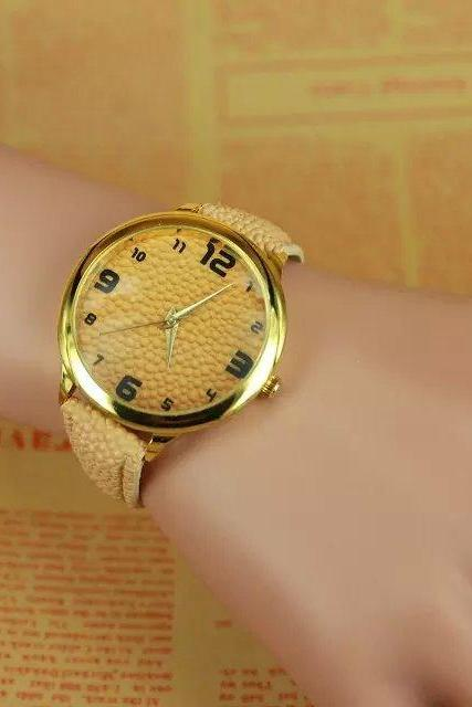 concave-convex watch, beige leather watch, bracelet watch, vintage watch, retro watch, woman watch, lady watch, girl watch, unisex watch, AP00295