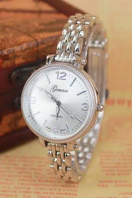 Stylish metal alloy watch, silver metal alloy watch, metal watch, bracelet watch, vintage watch, retro watch, woman watch, lady watch, girl watch, unisex watch, AP00300
