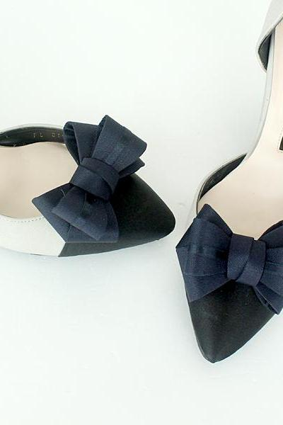 RIbbon navy Bridal Shoe Clips,Shoe Clips,Wedding Clips, Bridal Shoe Accessories,wedding shoes corsage,ribbon shoes clip,shoeclip