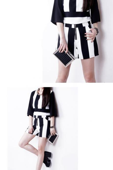 2015 spring summer new female temperament Europe Fashion Chiffon black and white striped shorts suit female summer shorts a fashionista