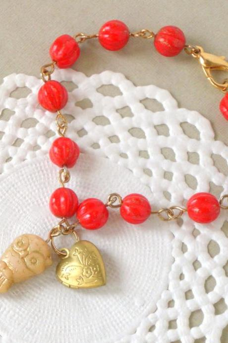 Owl love bracelet - 'Treasures' collection, vintage style jewelry with owl and heart locket, red and gold tones