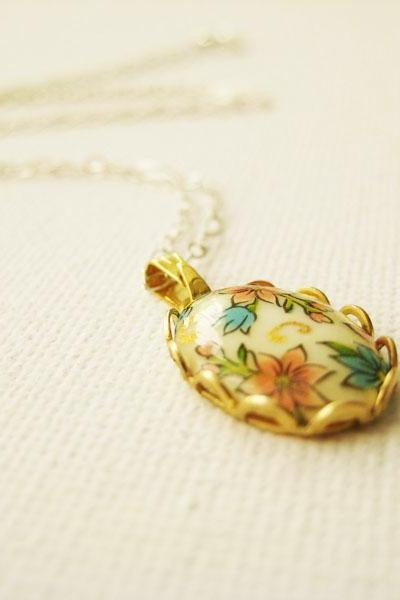 Sterling silver necklace with vintage glass floral cabochon - Scented Garden