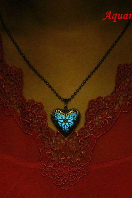 Free Shipping Glowing Heart Necklace,Locket Necklace,Birthday Gifts,Gifts For Her