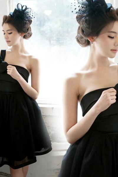 Gd6095 High Quality Graduation Dress,Short Graduation Dress,Satin Graduation Dress,One-Shoulder Graduation Dress,