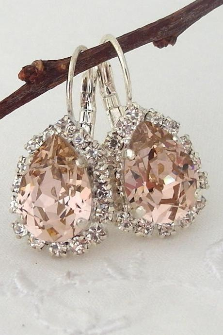 Blush Pink crystal teardrop earring, Drop earring, Swarovski Rhinestone Halo Earring, Bridal earring, Bridesmaid gift, Dangle earring Silver