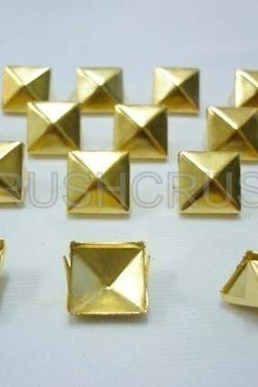 100x7mm Gold Pyramid Studs Spots Punk ROCK Biker DIY Spikes S307