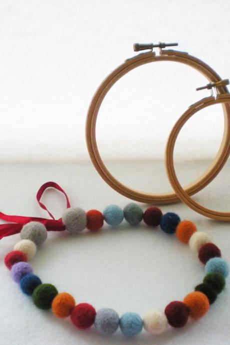 Multi Color Necklace - Mixed Color Felt Ball Necklace
