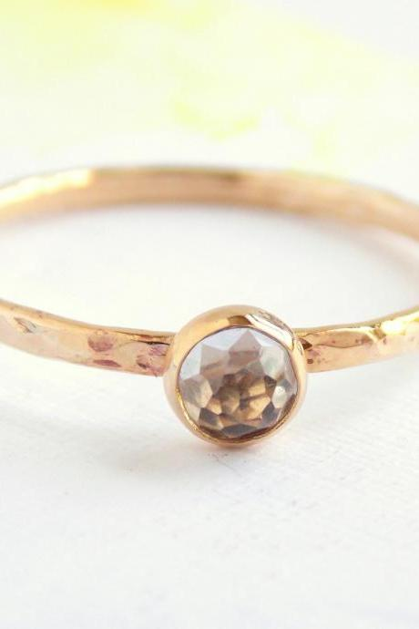 Mini Rose Cut Stone Gold Ring: gold ring, yellow gold, rose cut ring, wedding ring, egagement ring, wedding ring, promise ring, hammered