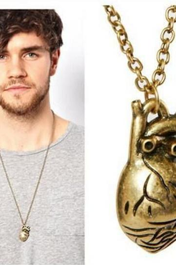 Awesome 3D Heart Pendant Necklace Gift for Boyfriend-Men's Cool Heart Shaped Party Necklace