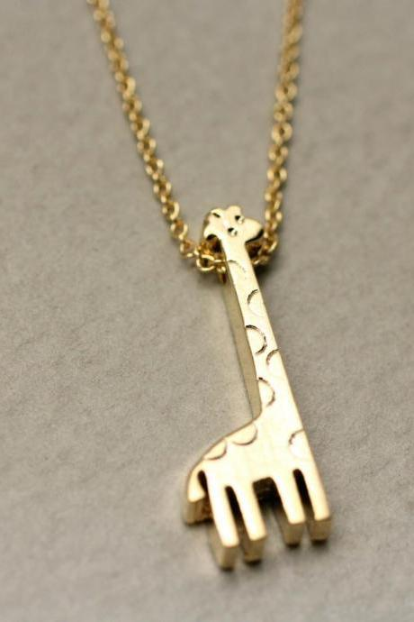 Giraffe Charm Pendant Necklace In Gold