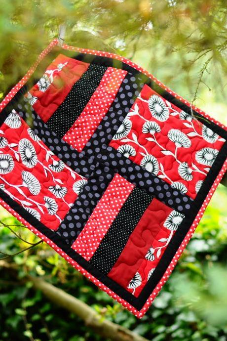 Mini Quilt - Red & Black Patchwork - Kitty cat mat - 'Head Over Heels'