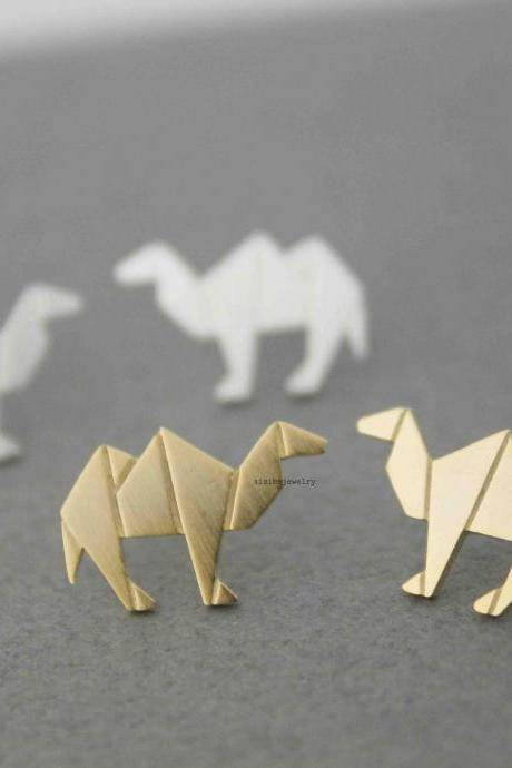 Cute Origami Camel Stud Earrings in silver/ gold, E0547G