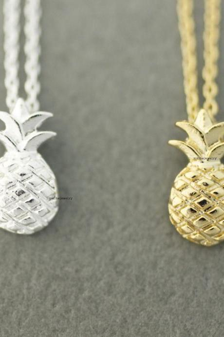 Cute Pineapple pendant necklaces in 2 colors, N0611G