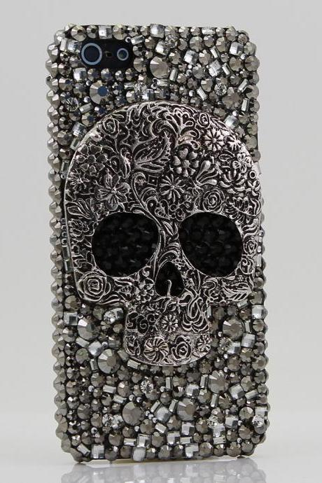 Bling Crystals Phone Case for iPhone 6 / 6s, iPhone 6 / 6s PLUS, iPhone 4, 5, 5S, 5C, Samsung Note 2, Note 3, Note 4, Galaxy S3, S4, S5, S6, S6 Edge, HTC ONE M9 (LARGE METALLIC SKULL DESIGN) By LuxAddiction