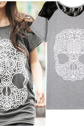 Skull Lace Short-Sleeved T-Shirt