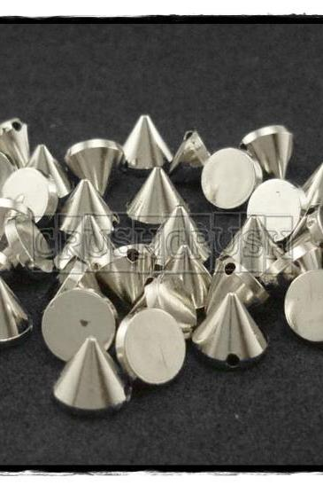 50pcs 8mm Acrylic Cone Spikes Beads Charms Pendants Decoration Silver-X52