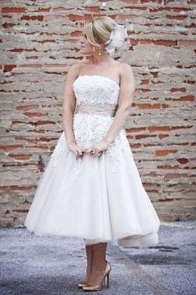 New Arrival Lace and Appliques Short Wedding Dresses,The Charming off the shoulder Wedding Dress,Wedding Dresses, Dresses For Wedding