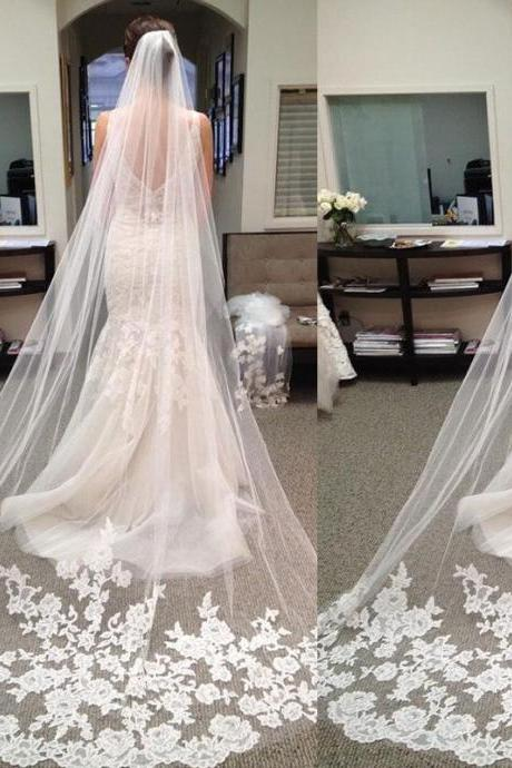 Elegant Wedding Veils, 2015 Chapel Length Bridal Veils, One Layer Wedding Veils, Cheap Price Bridal Veils, Lace Appliques Wedding Veils, Vintage Wedding Bridal Accessories