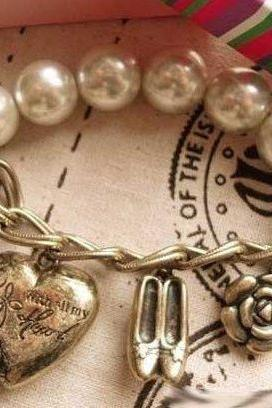Korea New Fashion Vintage Pearl Bracelet