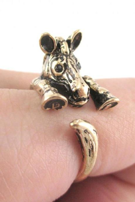 Realistic Zebra Animal Wrap Around Hug Ring in Shiny Gold - Sizes 4 to 9
