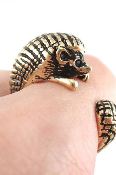 Hedgehog Porcupine Animal Wrap Ring in Shiny Gold - Sizes 4 to 9 US Realistic and Cute!