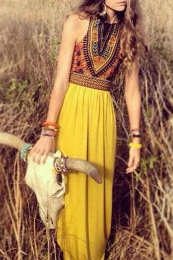 Totem Print Sleeveless Yellow Chiffon Maxi Dress