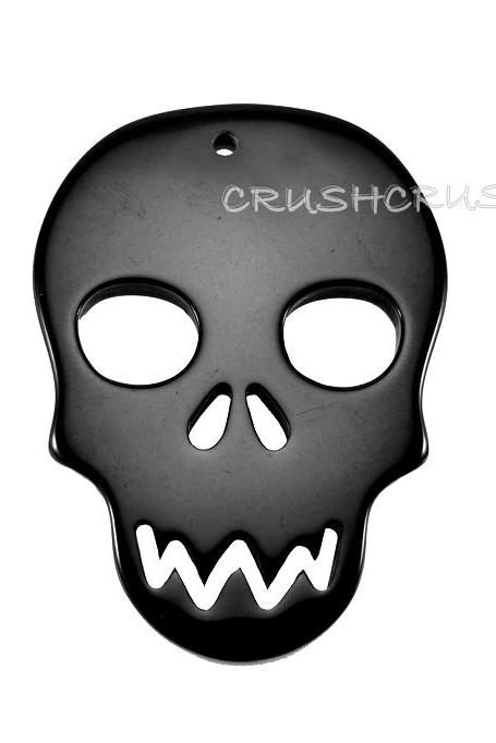 5pcs Black Resin Skull Head Charms Pendants Craft X26