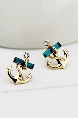 Studded Anchor Earring Stud