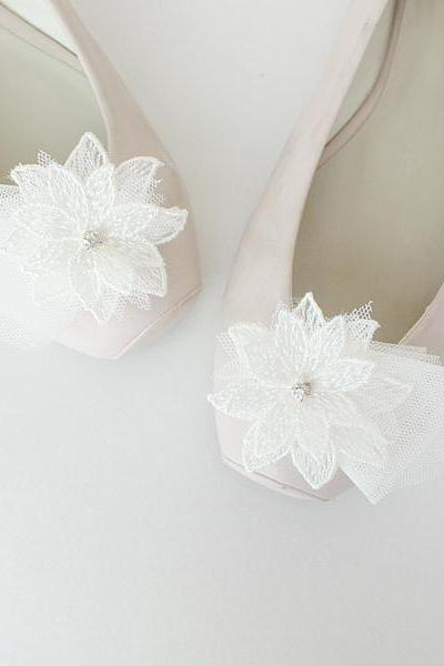 Lace flower Bridal Shoe Clips,Shoe Clips,Wedding Clips, Bridal Shoe Accessories,wedding shoes corsage,ribbon shoes clip,shoeclip