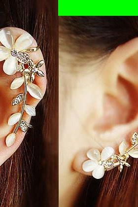 CAT'S EYE GEM FLOWER EAR CLIP (SINGLE, NO PIERCING)
