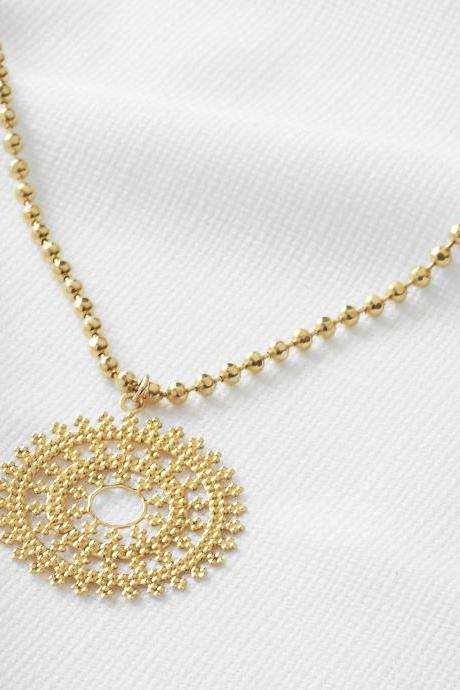 Gold pendant necklace, Long necklace, Round necklace, Gold disc necklace, Everyday necklace, Gift for her, Gold trendy jewelry