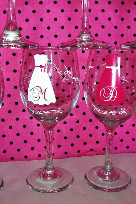 Set of 7 Personalized Bridesmaid wine glasses. Strapless gowns