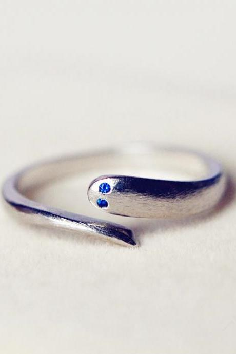 Hot sale Original Simple Mosaic Sapphire Eyes Serpentine 925 Silver Opening Ring