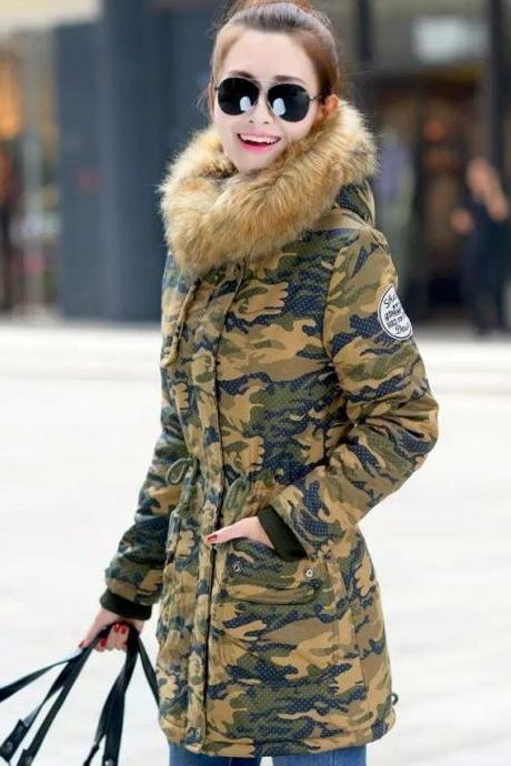 Green Camouflage Down Parkas Winter Jackets for Women Green Overcoat Down Parkas Sizes 6,8,10