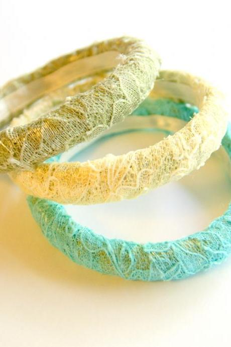 Lace Bangle Bracelet Set - Size Small