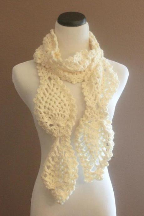 Cream Chunky Lace Crochet Scarf Pineapple Motif