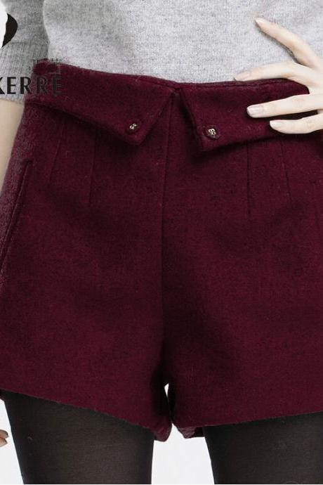 Winter Shorts with Back Zipper