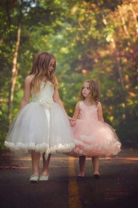 Flower Girls Dresses 2016, Little Flower Girls Dress 2015, Ball Gown Little Girls Party Dress, Pink or White Little Girls Wedding Dress, Ankle Length Flower Girls Dress, Girls Communion Dresses
