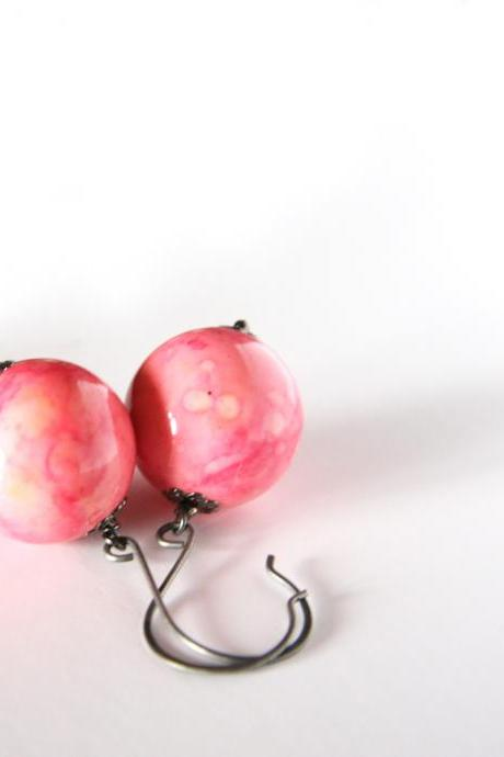 peach and pink earrings- metal and lucite beads