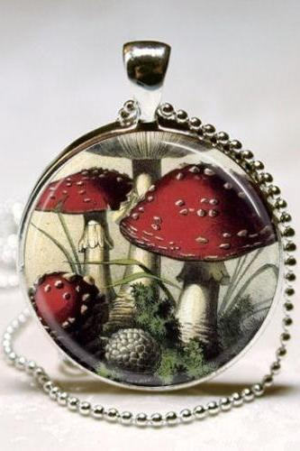 Mushroom Necklace Red and White Toadstools, Nature, Woodland, Hippie