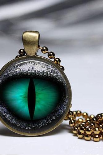 DRAGON EYES Necklace Women And Boys Midsummer July Pendant Metal