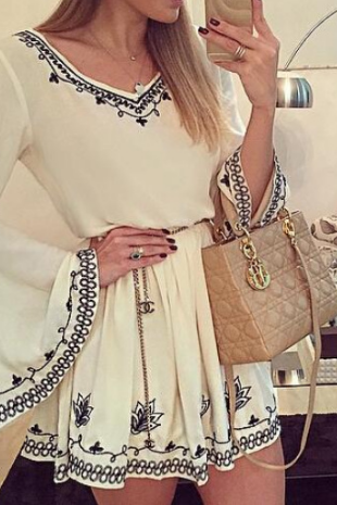 Fashion V-Neck White Long-Sleeved Dress