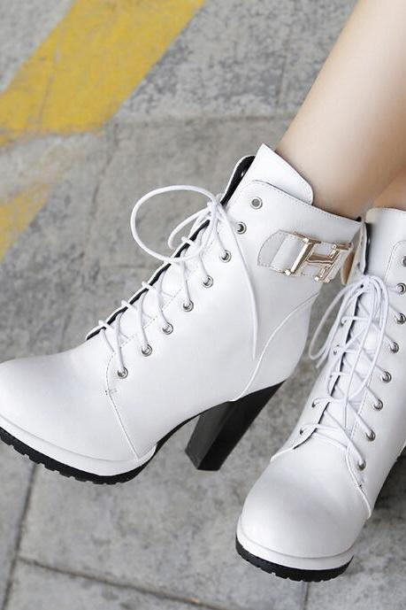 White Lace-Up Rounded Toe Chunky Heel Ankle Boots