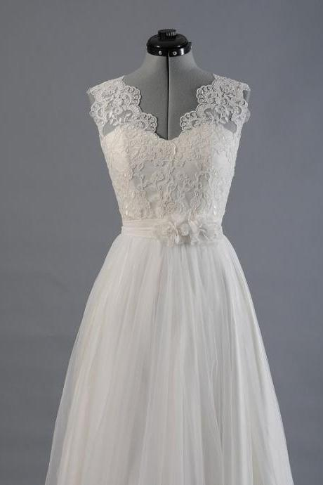 Lace Wedding Dress, Wedding Dresses, Bridal Gown Sleevelss V-Back Alencon Lace With Tulle Skir