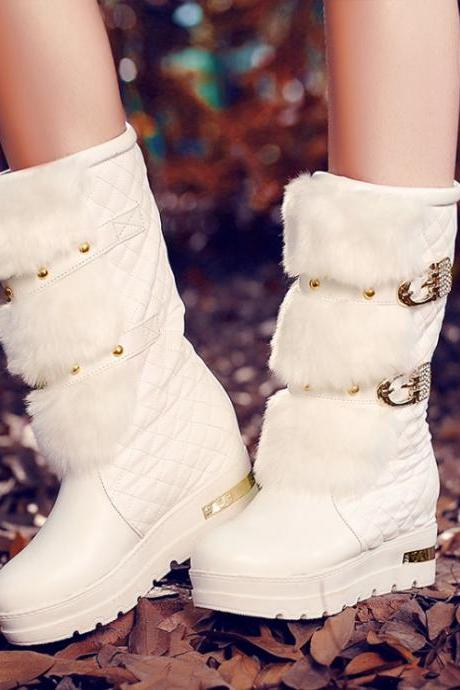 Studded White Faux Fur Design Winter Boots PUX2FYOORH6MB03OTIQ4E NIKWZ6U83LT