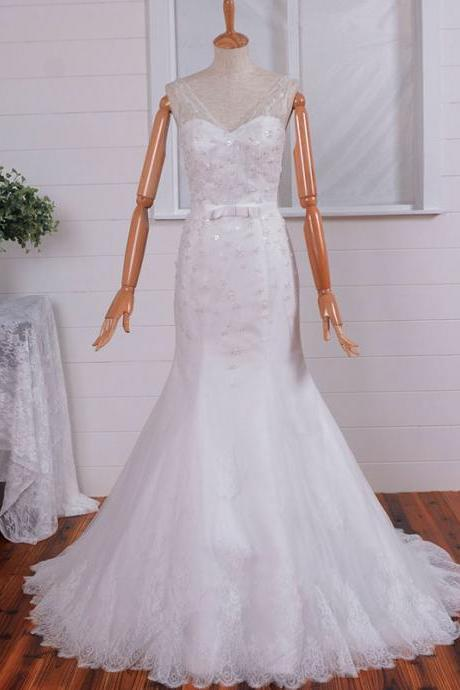 2015 New Style V-neck Sheath Wedding Gown Applique and Belt Beaded Lace Up Wedding Dresses